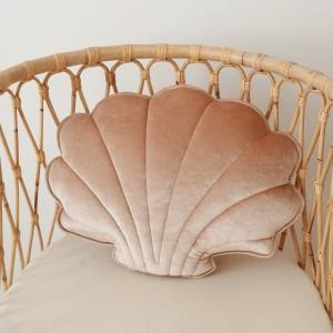 Polštář - mušle velvet (aksamit) béžová perlová
