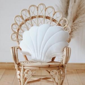 Polštář - mušle velvet (aksamit) bílá perlová