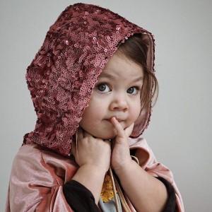 Kouzelný plášť - Růžová královna