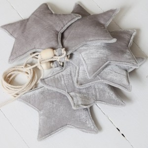 Girlanda velvet (aksamit) hvězdičky - Silver