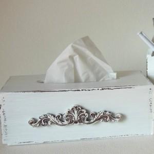 Krabička na kapesníky bílá - Ornament