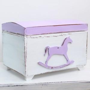 Truhla na poklady - koník fialový